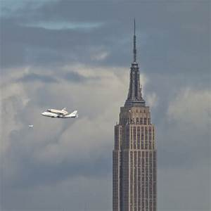 The Aviationist » The Space Shuttle Enterprise flying over ...