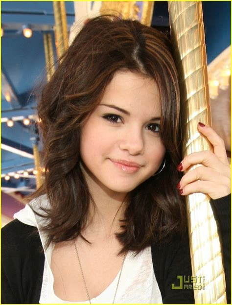 Selena Gomez Is Carousel Cute Selena Gomez Photo