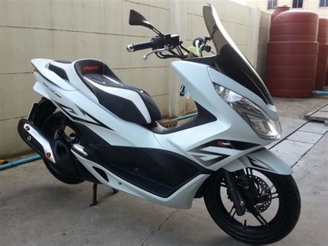 Pcx 2018 Custom by Genuine Honda Spare Part Apk3667100za Wind Shiled Smoke