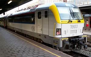 10 Train - Bing images