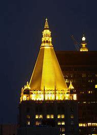 New York Life Building Gold