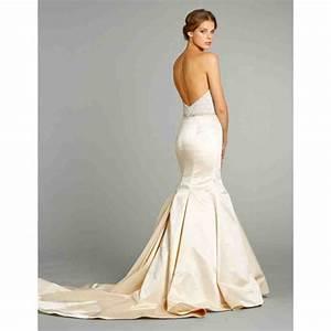 Satin trumpet wedding dress wedding and bridal inspiration for Satin trumpet wedding dress