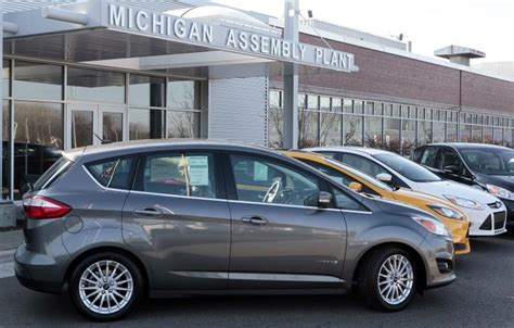 Ford Focus Plant by Ford Idling Focus Plant In Michigan Two Weeks On