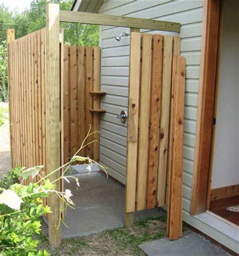 10 Diy Outdoor Pallet Shower Ideas  Pallets Designs