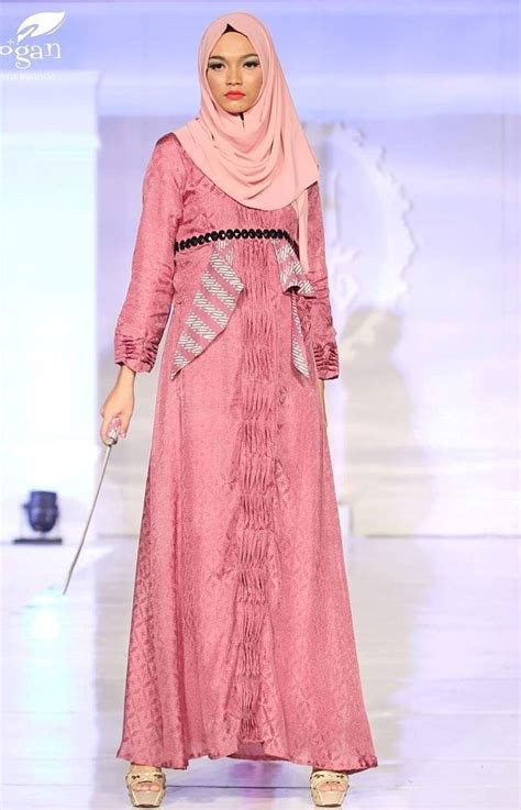 trend model baju muslim lebaran  casual simple