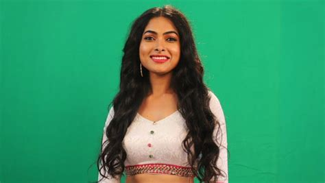 Bigg Boss Telugu Elimination: Divi Gets Evicted In Seventh Week Of The Show - Filmibeat