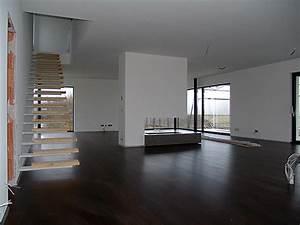 Treppe Im Wohnzimmer : wochenbericht teil 1 das wohnzimmer whitecube wiener ~ Lizthompson.info Haus und Dekorationen