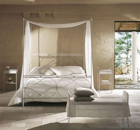 letto a baldacchino singolo letto singolo a baldacchino con saldature levigate a mano