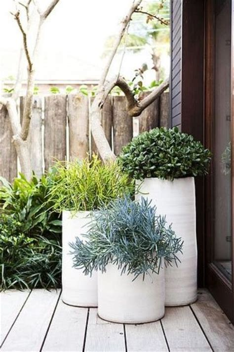 plants for a modern garden 37 modern planters to make your outdoors stylish digsdigs