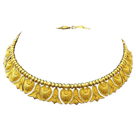 antique italian gold etruscan style necklace