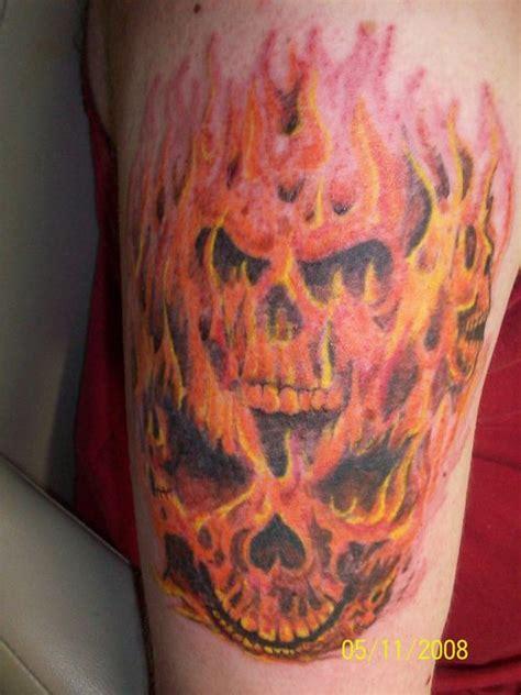 flame skull tattoos