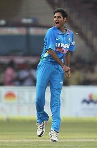 2nd ODI: Bhuvneshwar, Jadeja demolish hapless England in ...  Bhuvneshwar