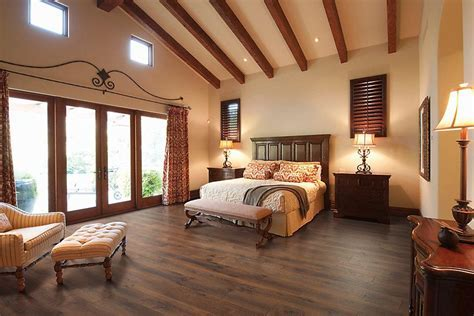 Mohawk Chalet Vista Midday Mocha Oak Laminate Flooring