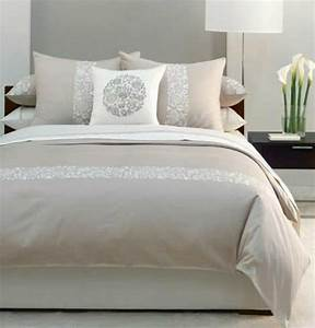 Linge de lit design en beige lit luxe pinterest lit for Idee deco cuisine avec lit king size