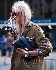 2017 New York Fashion Week Street-Style Spring