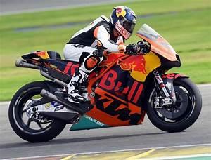M Road Moto : tony cairoli tests ktm s motogp rc16 road racer ~ Medecine-chirurgie-esthetiques.com Avis de Voitures
