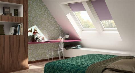 store chambre ado habillage de fenêtre de toit et puits de lumière rideaux