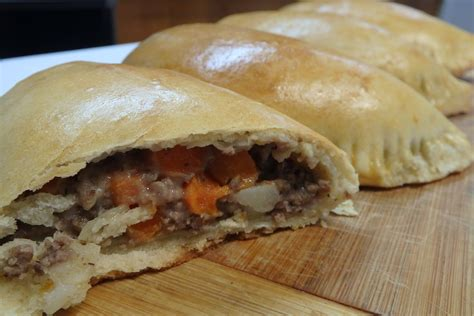 delicious meat pies  world  african food
