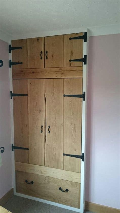 oak ledged waney edge finish doors   built  wardrobe