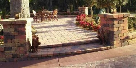hardscapes  choosing   concrete pavers cecil