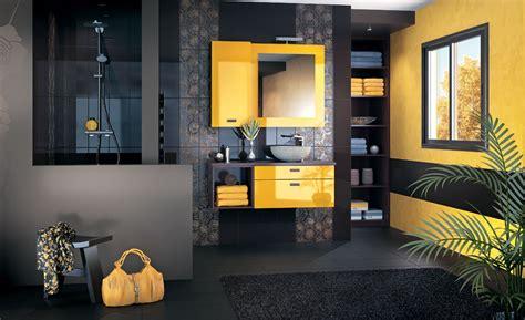mosaique murale cuisine salle de bains jaunes 32 idées pour une décoration lumineuse