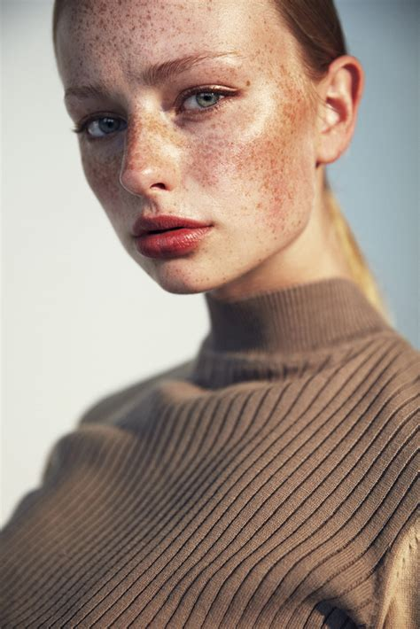 Signe Nymark, Model | Superbe | Connecting fashion talents
