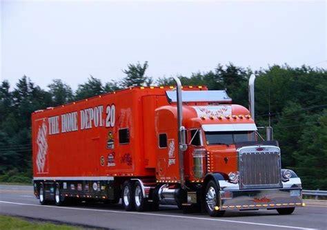 Peterbilt, Home Depot, Nascar, Gibbs Racing Transporter