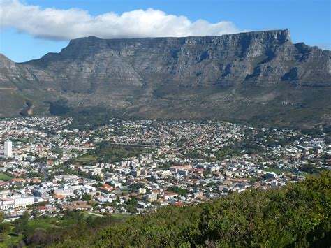 table mountain cape town south africa 7 things you should do when visiting cape town
