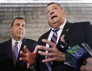 Maine Gov. LePage endorses 'great friend' Chris Christie ...