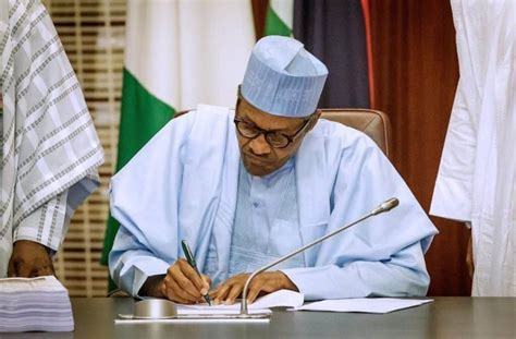 Twitter reacts to suspension of operation in nigeria by fg. Tacha blasts Buhari for addressing Nigerians via Twitter (Video)