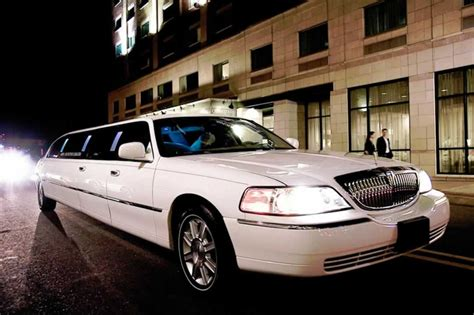 Limo Service by Why Hire A Boston Limo Service Boston Transportation Service