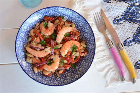 cuisiner des haricots blancs salade de haricots blancs à l 39 espagnole crevette chorizo