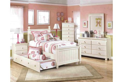 Cottage Bedroom Set by Bedroom Sets Cottage Retreat Bedroom Set