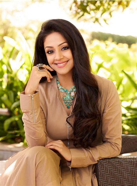 actress jyothika latest pictures beautiful jyothika hot full hd pictures spicy images