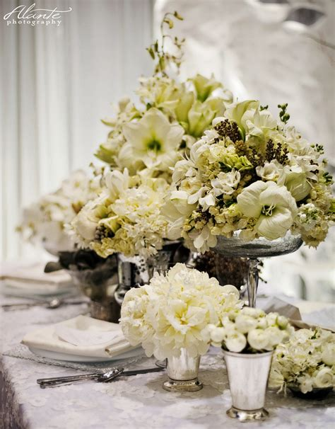 white flower table l white wedding table flowers www imgkid com the image