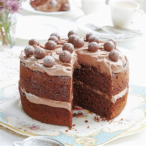 Mary berry's chocolate cake recipe is delicious and easy to make. 7 Things We've Learned From The Great British Bake Off - Woman And Home