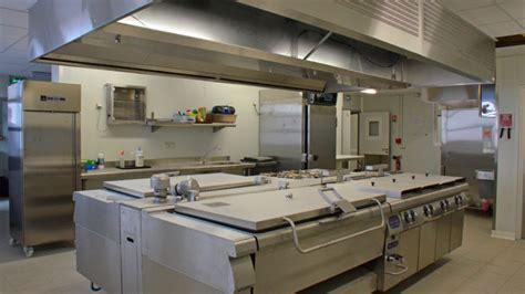 cuisine de collectivité emploi construction isotherme dans cuisine de collectivité