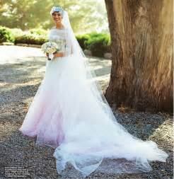 valentino wedding dress princess hathaway adam shulman 39 s wedding all the details on valentino