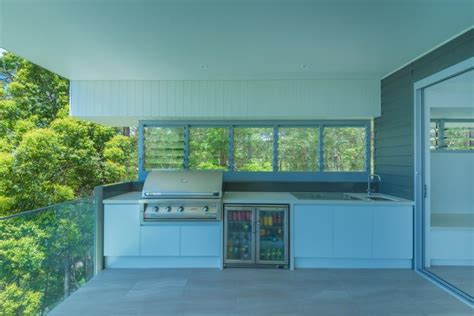 outdoor kitchen cabinets brisbane buderim residence seamless connection with nature 3833