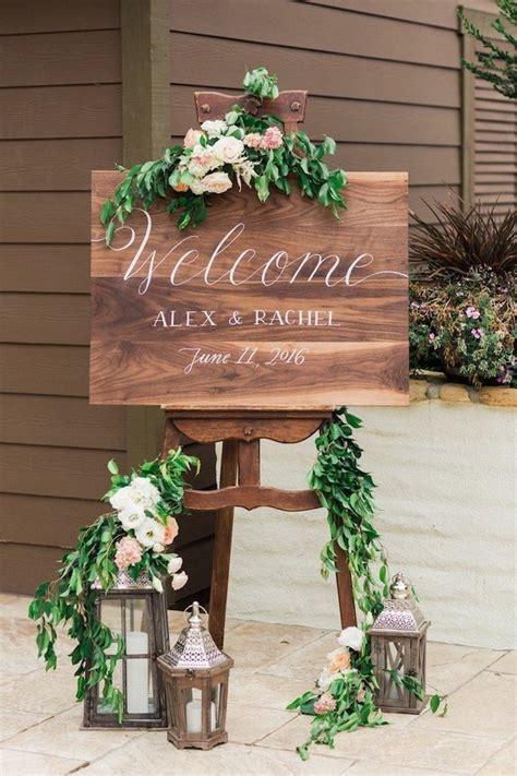 brilliant wedding  sign ideas  ceremony