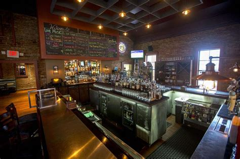 Kitchens Etc South Bend by Lasalle Grill And Lasalle Kitchen Tavern Give South Bend