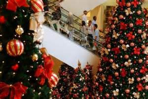 christmas spending tipped to top 25b abc news