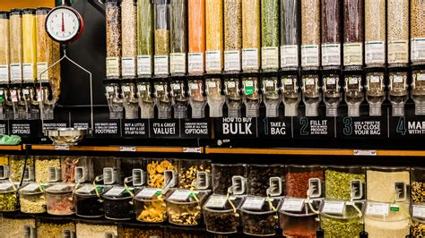 How to buy food in bulk and save money at the grocery ...
