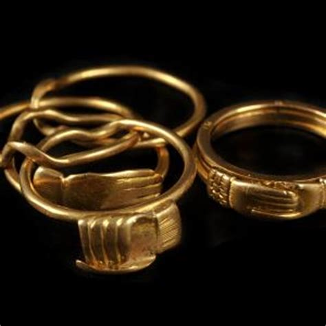 rings large diamond rings  women engagement rings
