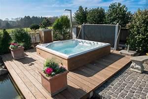 Jacuzzi Im Garten : gartenwhirlpools whirlpoolcenter weeze ~ Watch28wear.com Haus und Dekorationen