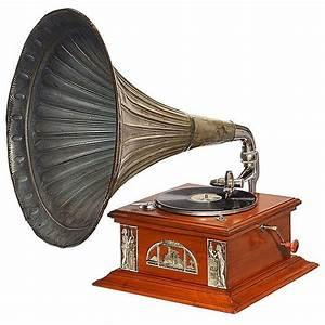 Art-Nouveau Horn Gramophone, c. 1910
