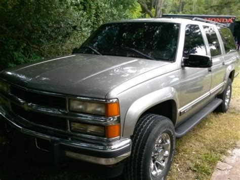 purchase used 2003 chevrolet suburban lt 4x4 black with