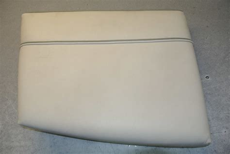 Bow Of Boat Port Side by 1995 Maxum Boat Vinyl Port Side Bow Seat Cushion Green