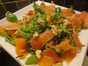 Salat Mit Geräuchertem Lachs : rucola orangensalat mit r ucherlachs und waln ssen von kaffeeleene ~ Orissabook.com Haus und Dekorationen