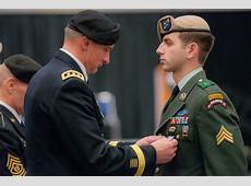 FileUS Army Lt Gen Robert B Brown, left, the